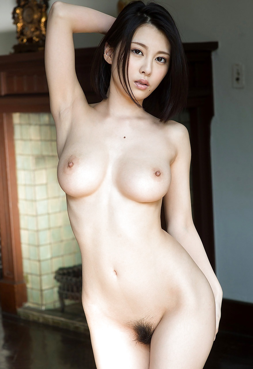 sexy wide waist nude women